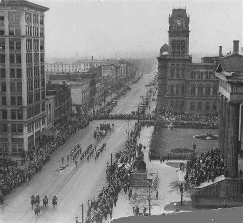 parade on jefferson louisville kentucky 1929