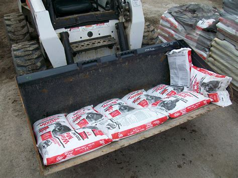 how much does 1 cubic yard of deicing salt weigh anyway