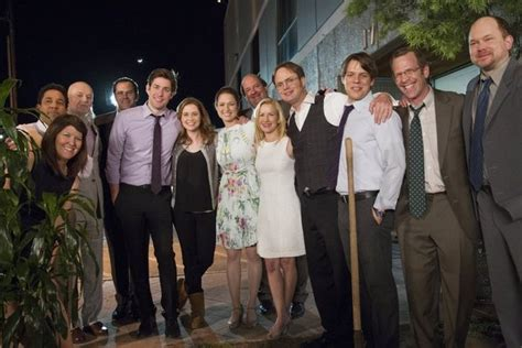 The Office Finale Review by The Office Series Finale Review That Ll Do Show That Ll