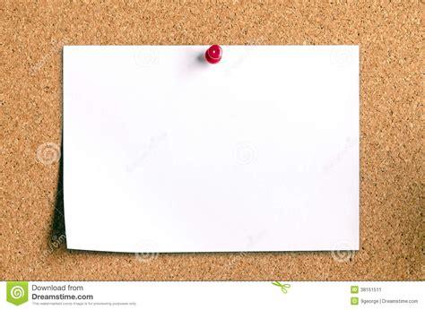 board free blank note paper on cork board stock image image 38151511