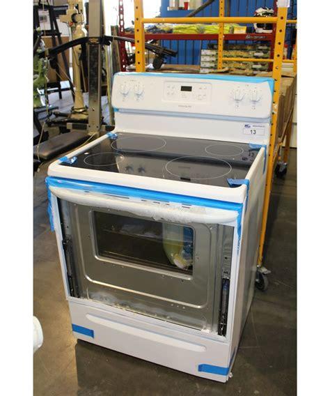 Frigidaire White Glass Top 4 Burner Stove Repair Needed Oven Door Glass Shattered