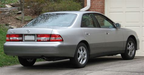 lexus es300 back file es300 rear jpg