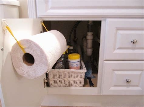 How To Make A Paper Towel Holder - sew many ways diy sink paper towel holder 2