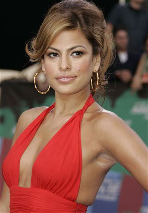 eva mendes actress eva mendes arrives at spike tvs 5th annual 2011 mtv movie awards actress eva mendes arrives at taping