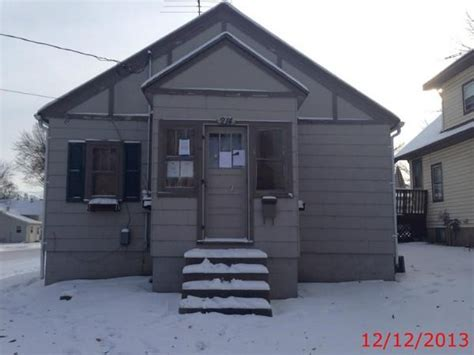 houses for sale in montgomery mn 214 elm ave se montgomery mn 56069 foreclosed home information foreclosure homes