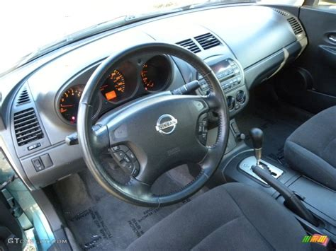 nissan 2002 interior charcoal black interior 2002 nissan altima 3 5 se photo