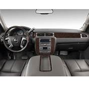 Image 2011 GMC Yukon XL 2WD 4 Door 1500 Denali Dashboard