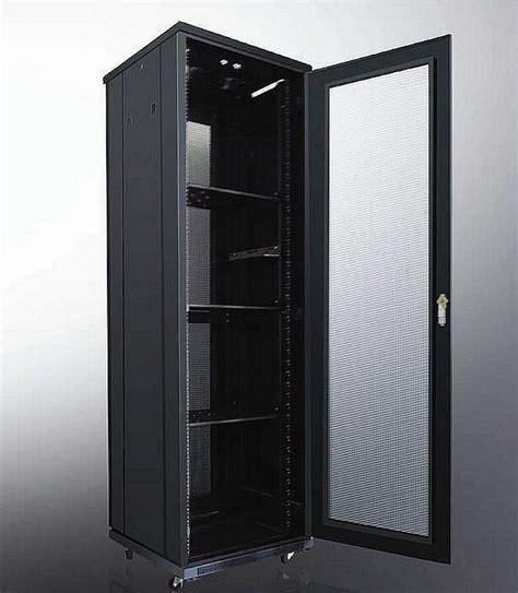 Wallmount 8u Depth 500mm Single Door rack server murah untuk kebutuhan anda rackservermurah