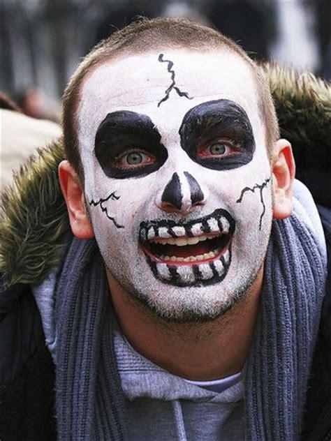 imagenes de maquillaje para halloween hombres maquillaje de halloween para hombre muerte