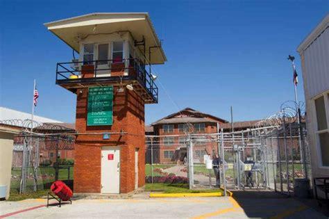 Hunger 16 Tx 17 huntsville prisoners on hunger strike after lockdown