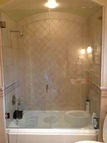 enclosed tub shower combo bathroom design pinterest bathtub ideas remodels pictures
