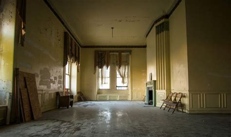 haunting pictures of house of wills funeral home in