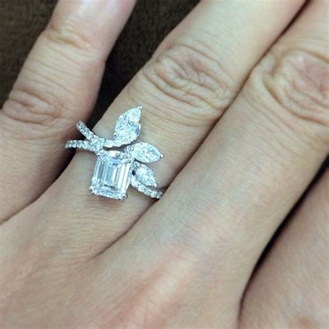 what of engagement ring should i get my