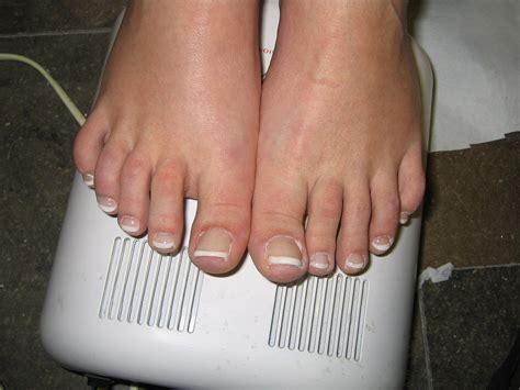 fotos uñas pintadas de pies u 241 as de pies pintadas imagui