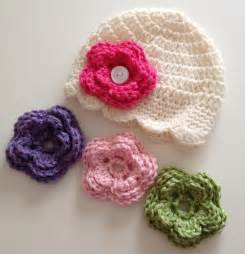 You have to see newborn baby hat amp button on flower on craftsy