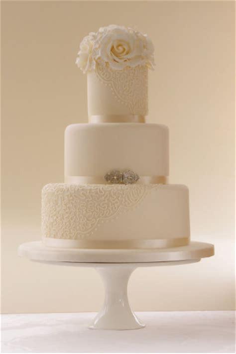 Classic Wedding Cakes by Wedding Cakes Lookbook Classic Wedding Cakes