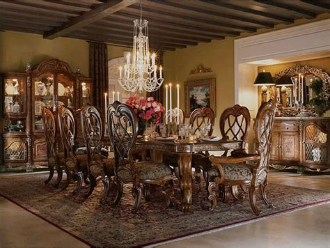 Antique dining room furniture a royal touch of beauty from the past eras   dining room furniture
