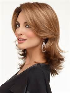 curly hairstyles for square jaw line pictures of wigs for a square face short hairstyle 2013