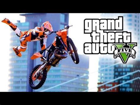 Gta V Motorrad Kaufen by Gta 5 Mit Freunden 7 Facecam Motorrad Stunt