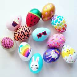 how to make easter eggs fun acrylic painted easter eggs crafty morning