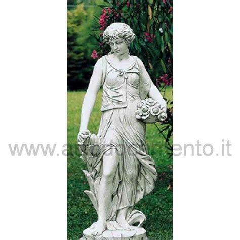 arredo giardino in cemento oltre 25 fantastiche idee su statue da giardino su