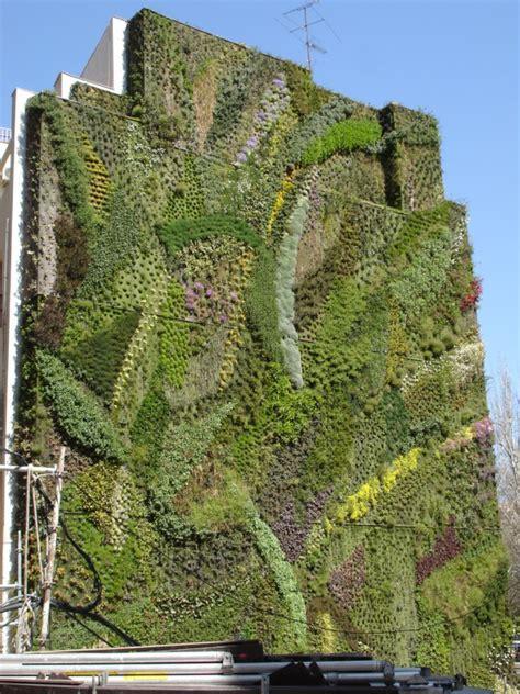 Vertical Garden Madrid Mentor Le Blanc S Vertical Gardens