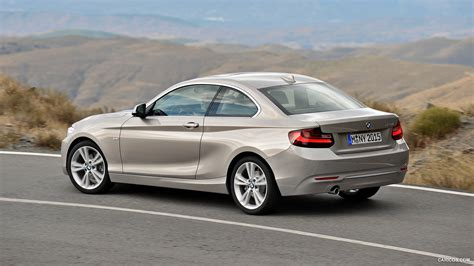 bmw  series coupe caricoscom