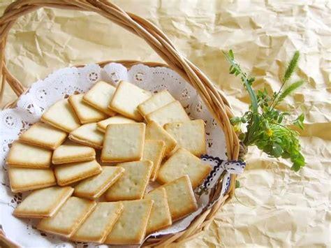 Tokyo Milk Cheese Honey Gorgonzola 10 Pcs Original Tokyo Jepang Enak M promo tokyo milk cheese factory prepares a special treat