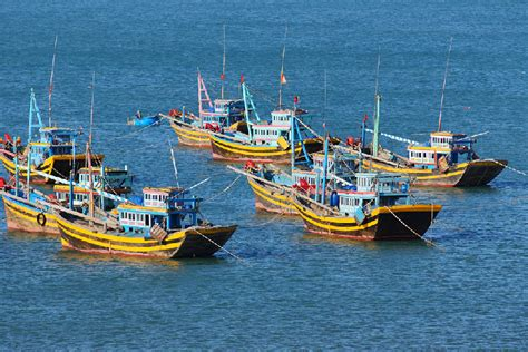 types of vietnamese boats feature be aware of guns on vietnamese fishing boats