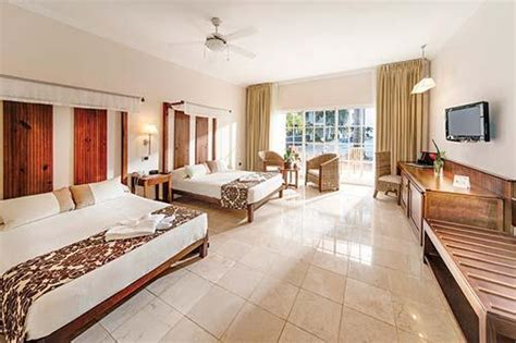 best live rooms interval international resort directory be live collection punta cana