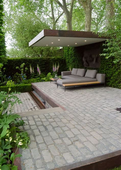 Small Patio Garden Design Best 25 Modern Garden Design Ideas On Modern Gardens Contemporary Garden Design