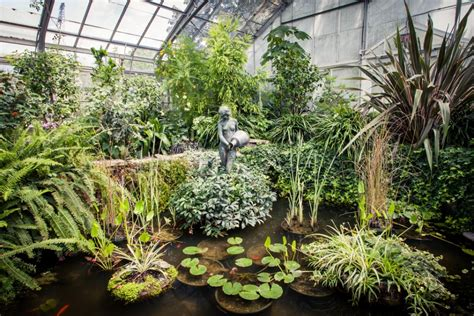 Botanic Garden Toronto Allan Gardens An Oasis In The Middle Of The City Sarner