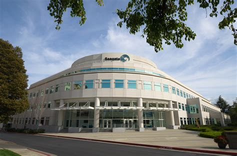 maxim integrated products thailand co ltd ท อย file seagate technology headquarters cupertino jpg wikimedia commons
