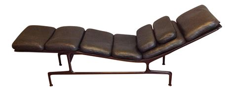 chaise herman miller occasion eames billy wilder chaise for herman miller chairish