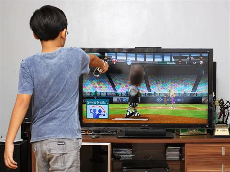 Whats The Wii Forward Or How Susi Learned To Gaming by How To Pitch In Wii Sports 3 Steps With Pictures