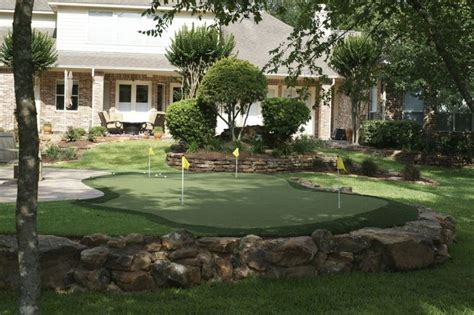 backyard mini golf create mini golf course in your backyard http