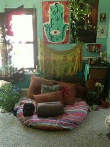 17 best ideas about hippie living room on