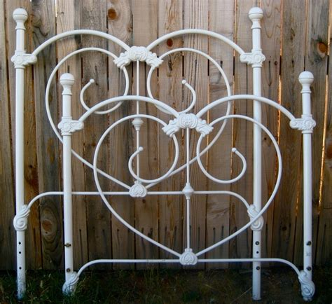 Single Wrought Iron Bed Frame 87 Best Images About Iron Beds On