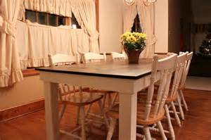 How To Build A Farmhouse Kitchen Table White Farmhouse Table Diy Projects