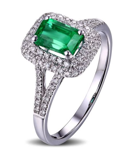 2 carat emerald and engagement ring in white gold