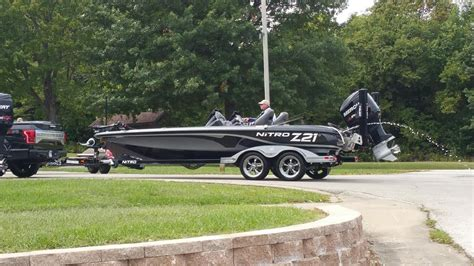 bass boats for sale in missouri nitro z21 boats for sale in missouri