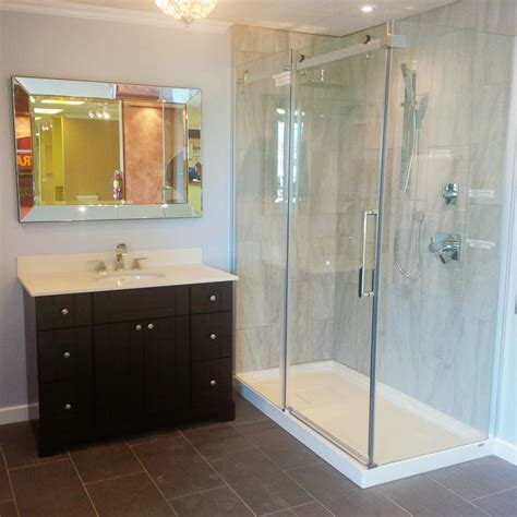 Max Shower Doors Our Halo Shower Door And B3 Square Base In Designer S Work Http Www Maax En Products