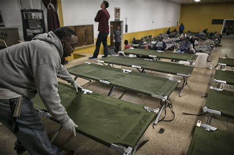 Lu Emergency L councilmen urge city to declare homeless shelter crisis in
