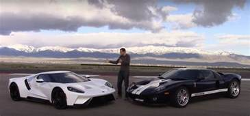 Ford Gt Vs 2017 Ford Gt Vs 2005 Ford Gt Is An American Supercar