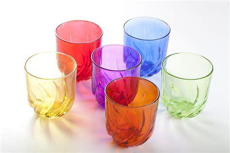 bicchieri di vetro bicchieri in vetro tossici per la salute contengono