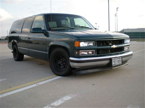 how cars work for dummies 1998 chevrolet suburban 2500 engine control chevysuburban34 1998 chevrolet suburban 1500sport utility specs photos modification info at