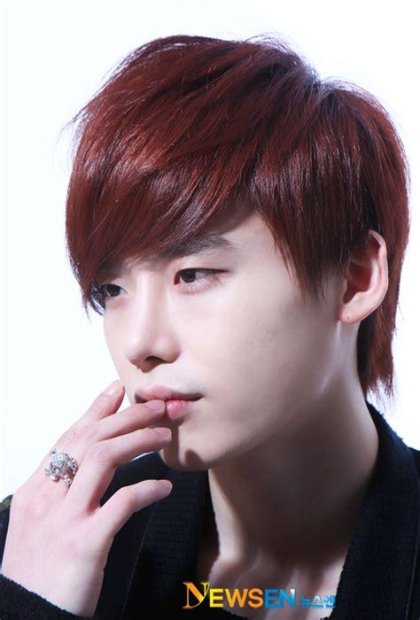 biography of korean actor lee jong suk lee jong suk gallery ask k pop