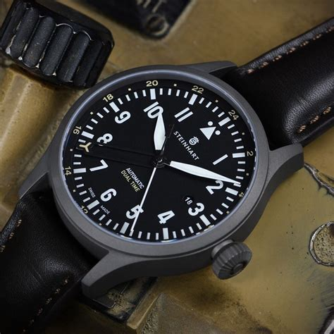 Pilot Dualtime Original steinhart nav b uhr 44 dual time titanium fliegeruhr steinhartwatches