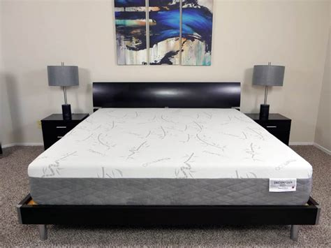 dreamfoam bedding ultimate dreams latex mattress ultimate restonic comfort