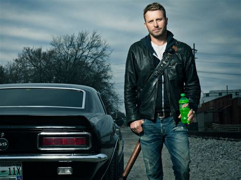 dierks bentley truck dierks bentley and mountain dew team up for riser tour